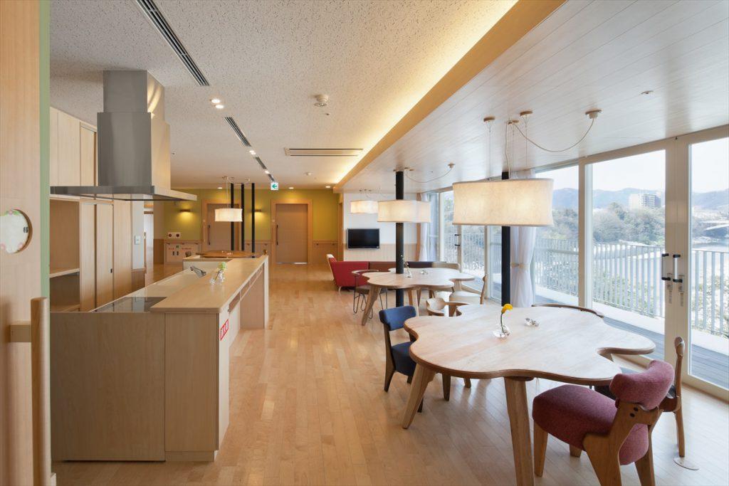 最新式キッチン