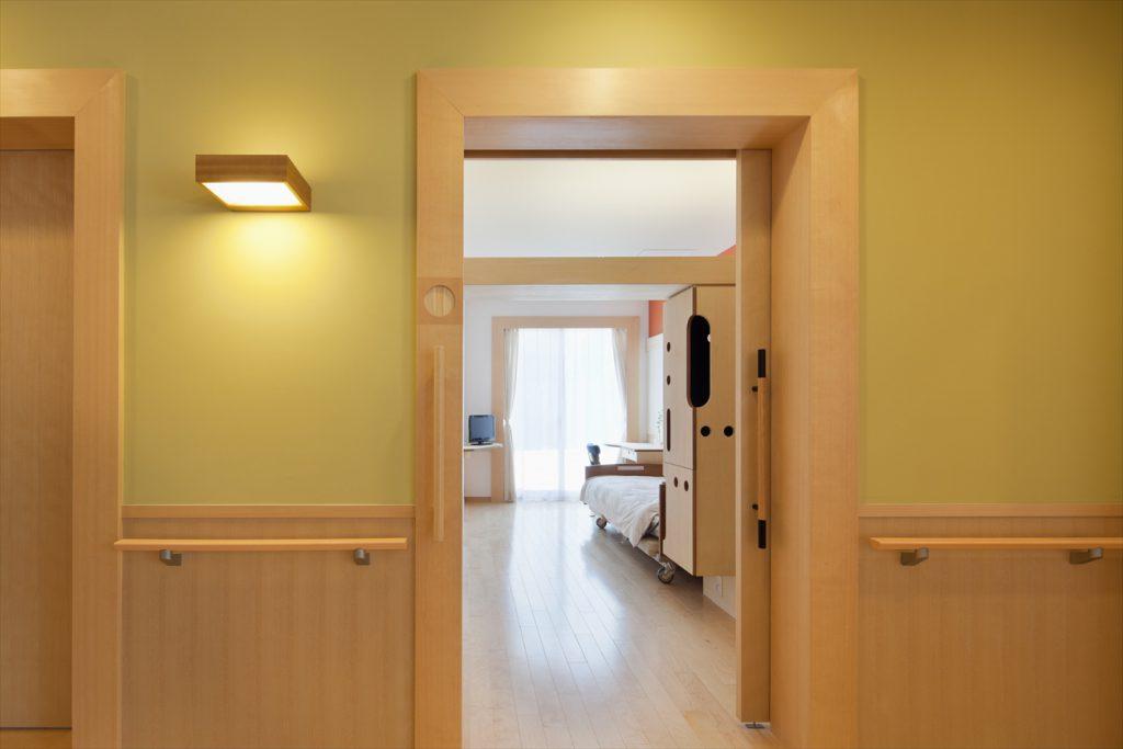居室(個室)入り口