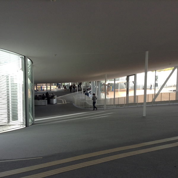 Rolex Learning Center11