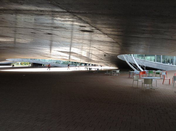 Rolex Learning Center4