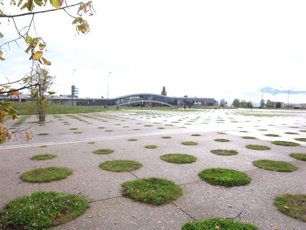 Rolex Learning Center1