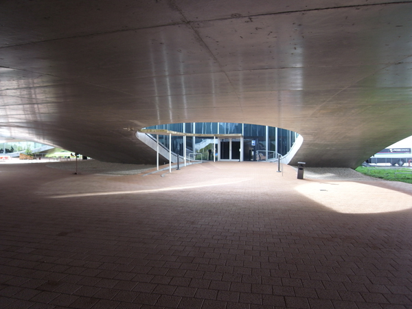 Rolex Learning Center5