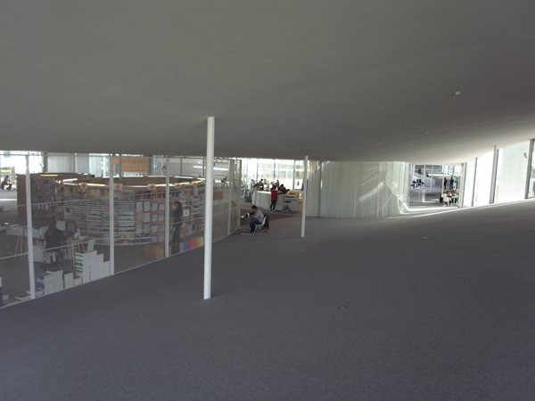 Rolex Learning Center14