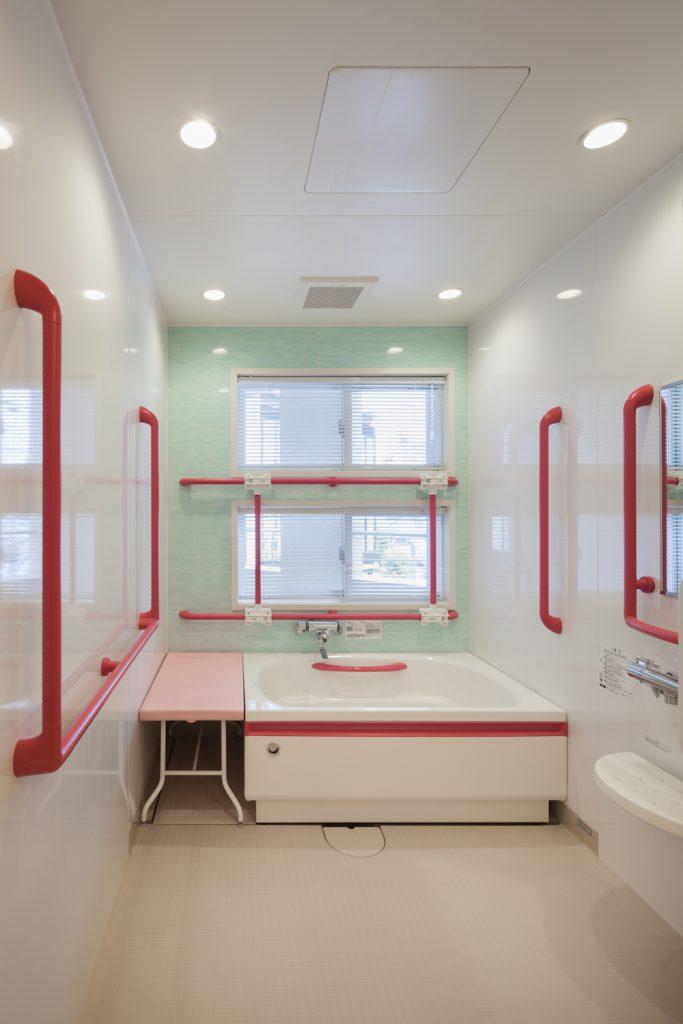 手すりが使いやす入浴室