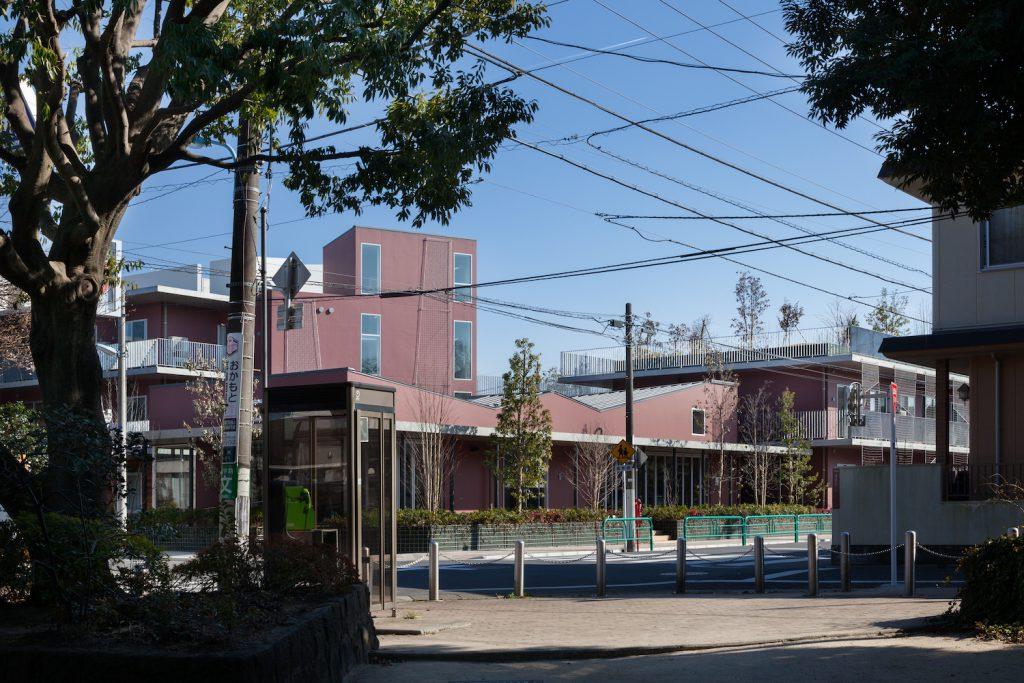 妙正寺公園の向かい