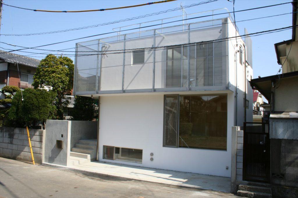 東京で屋上付き住宅