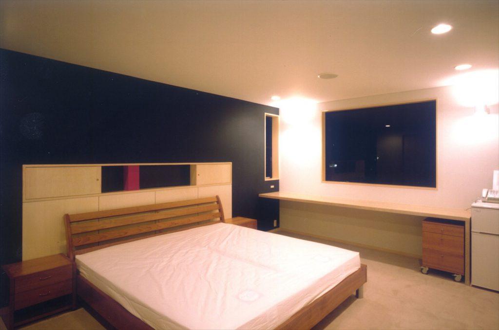 ホテルのような贅沢な寝室