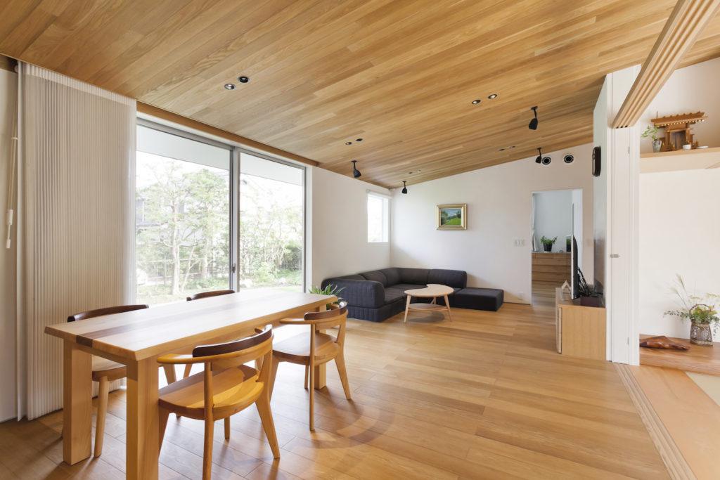 成田の二世帯住宅 千葉県成田市 平屋と2階建が繋がる木造の二世帯住宅