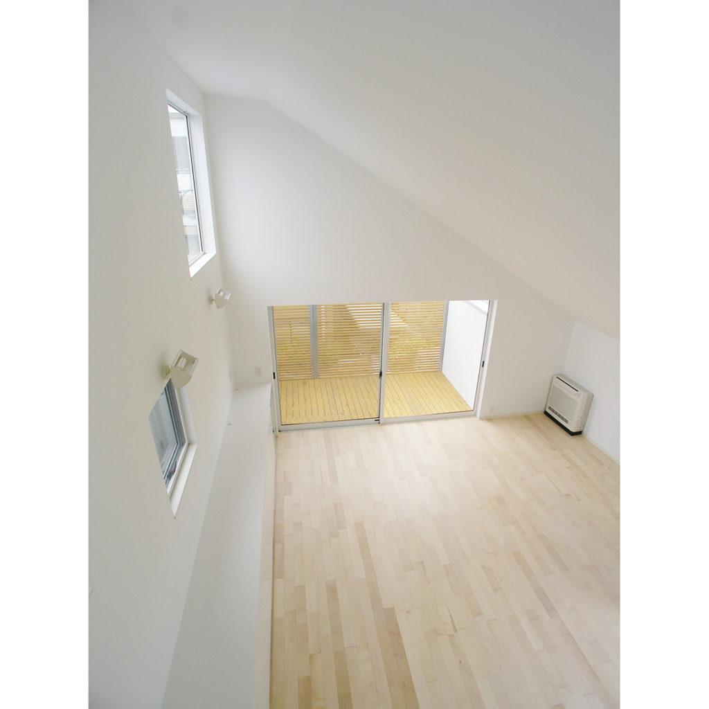 K邸 東京都奥沢 螺旋階段で理想の空間を確保した風通しの良い家