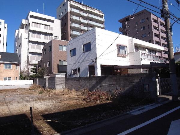 隣地境界沿いの塀や擁壁3