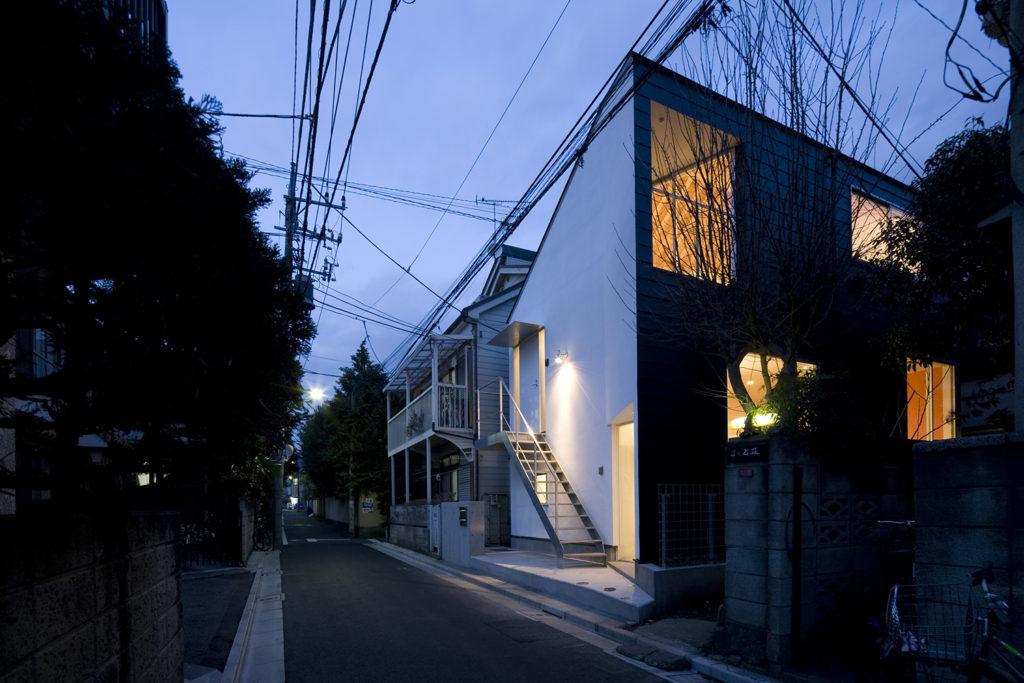 高円寺の長屋 東京都杉並区 スキップフロアで豊かな空間を演出した長屋