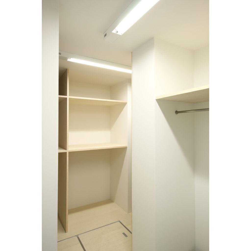 新丸子の家 川崎市中原区 斜めに繋がる空間が光溢れる開放的な家