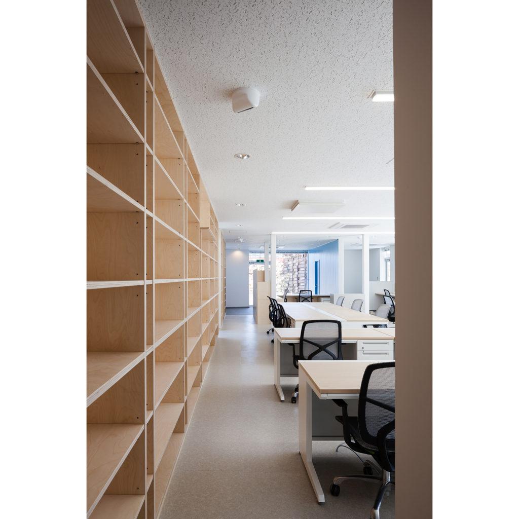 彩源深谷事務所 埼玉県深谷市 食堂からの眺めが気持ち良い2階建てオフィス