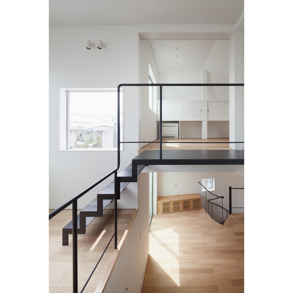 スキップフロアーを結ぶ階段