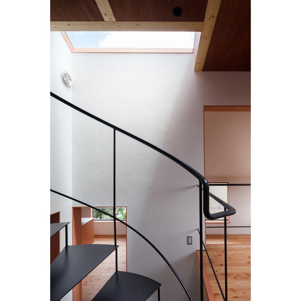 家に馴染む螺旋階段